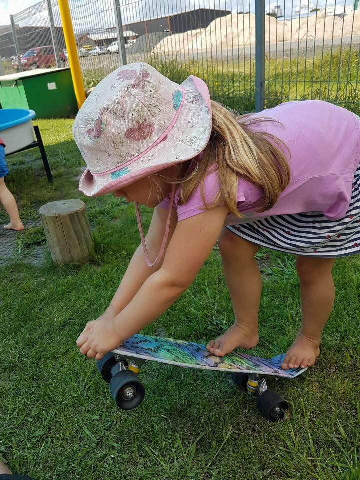 The tamariki are building their skills on the skateboards